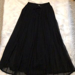 Dresses & Skirts - Fully lined pleated maxi skirt